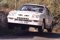 Car:27 Jimmy Christie & Jim Howie, Manta 16v